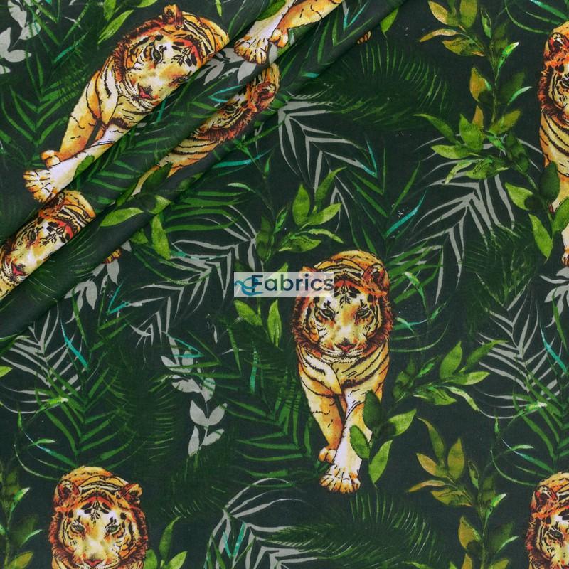 Tygrysy i liście na ciemnozielonym tle